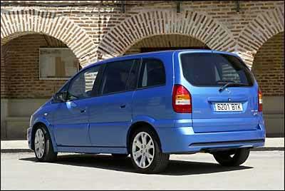 Opel Zafira 2.0 Turbo OPC