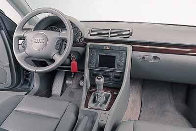 Audi A4 1.9 TDi / Citroën C5 2.2 16V HDi  / Ford Mondeo TDdi  / Renault Laguna 1.9 dCi