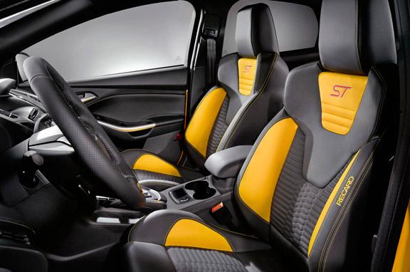Ford Focus ST 2012 con 250 CV