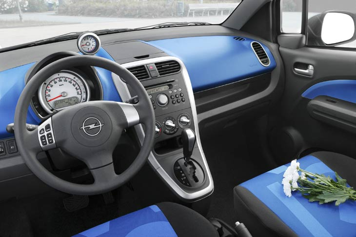 Opel Agila: ¿un coche sólo para chicas?