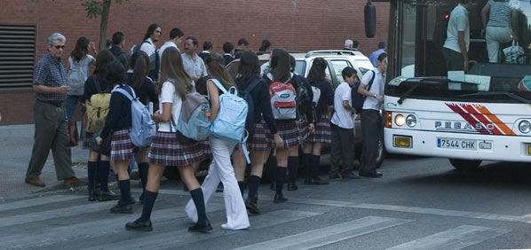 Los autobuses escolares, suspenso en seguridad