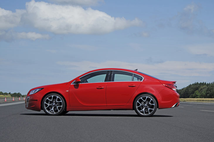 Opel Insignia OPC: detalles