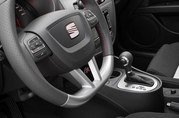 Seat León FR, más madera