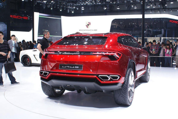 Lamborghini Urus y Sesto Elemento