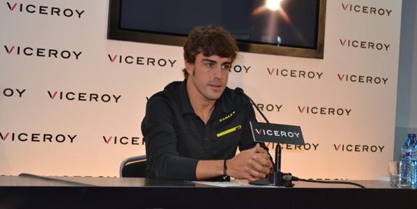 Fernando Alonso desvela algunos trucos de conducción.