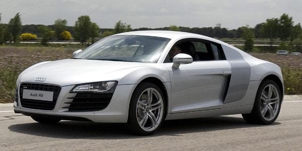 Exposición 75 años de Audi