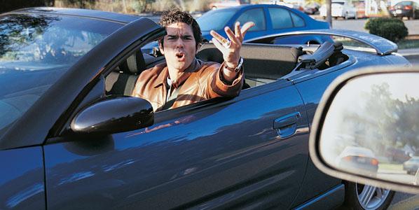 ¿Somos agresivos y anárquicos conduciendo?