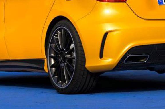 Mercedes A 45 AMG nueva estrella deportiva
