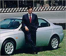 Paolo Cantarella, ejecutivo del motor mejor pagado de 2001