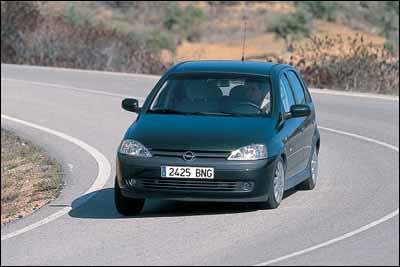 Opel Corsa 1.7 DTI Elegance / Peugeot 206 1.4 HDI XT / Toyota Yaris 1.4 D4-D Luna