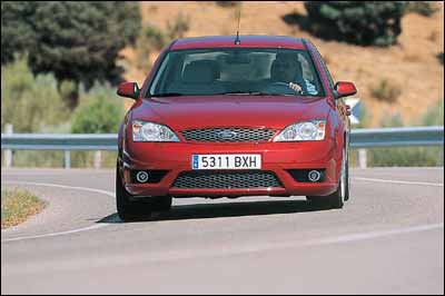 Ford Mondeo ST220 / Opel Vectra V6 GTS