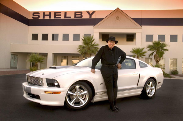 Fallece Carroll Shelby