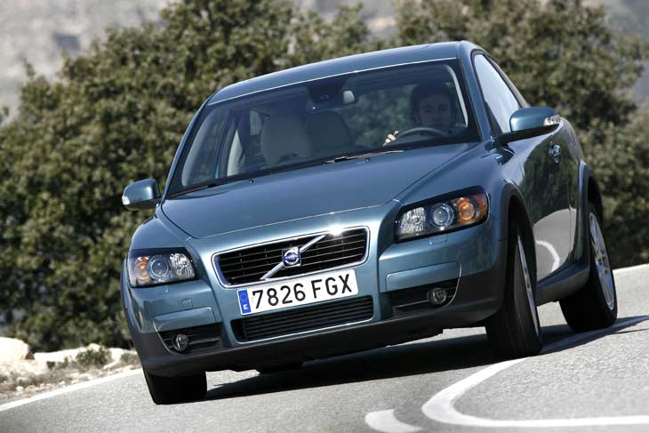 Volvo C30 o VW Golf TDI