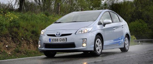Toyota Prius enchufable: 2 l/100 km