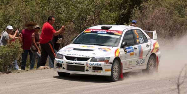 Pons y Solá vencen el Rallye de las Naciones.