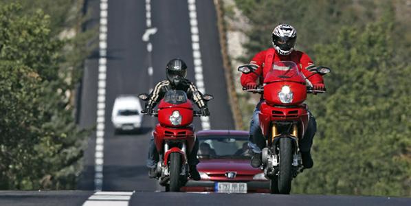 La DGT pide un diseño virario para motos