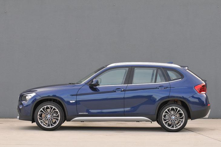 BMW X1 sDrive18i y BMW X1 xDrive25i