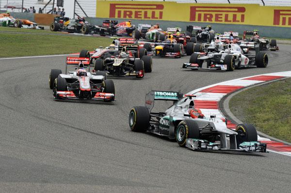 Salida limpia y sin toques en la salida del Gran Premio de China