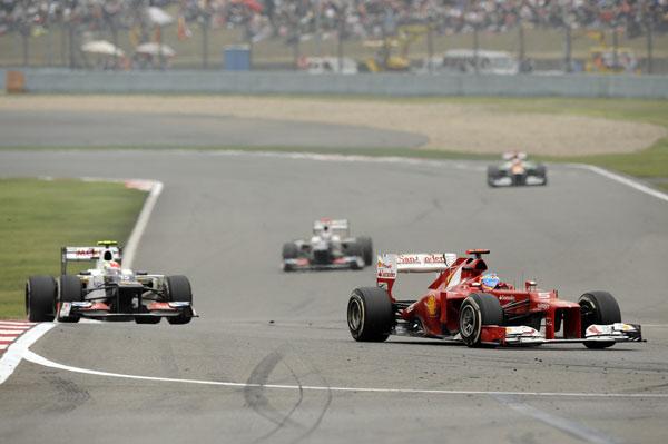 Fernando Alonso terminó la carrera en novena posición, la misma que logró el sábado en clasificación