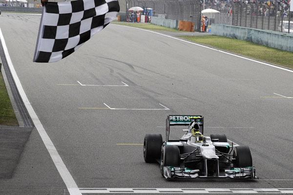 'Pole' y victoria de Nico Rosberg en China, en un fin de semana perfecto para el alemán