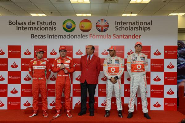 Los pilotos de Ferrari y McLaren, en un acto del Banco Santander