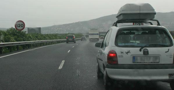 18 personas fallecieron en accidentes de tráfico