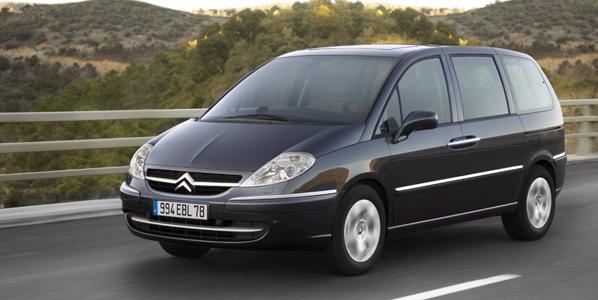 Citroën C8: motores más eficientes