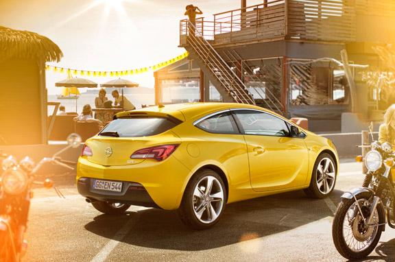 Opel Astra GTC, al detalle