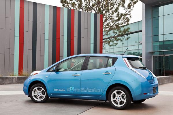Nissan Leaf, el contacto