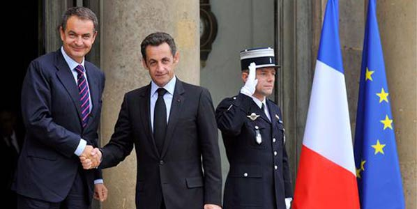 Zapatero y Sarkozy estudiarán el ERE de Renault