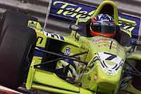 Fernando Alonso logra su primer punto en la Fórmula 3000