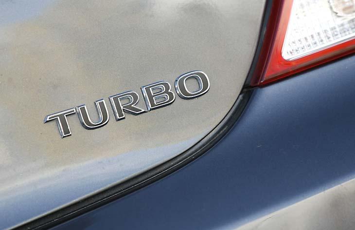 Opel Insignia 2.0i Turbo 5p. Aut. al detalle