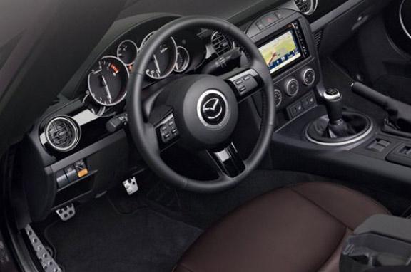 Mazda MX-5 Sport Tech