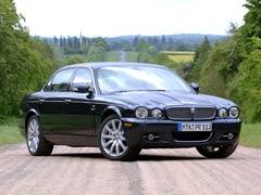 Un multimillonario ruso quiere comprar Jaguar