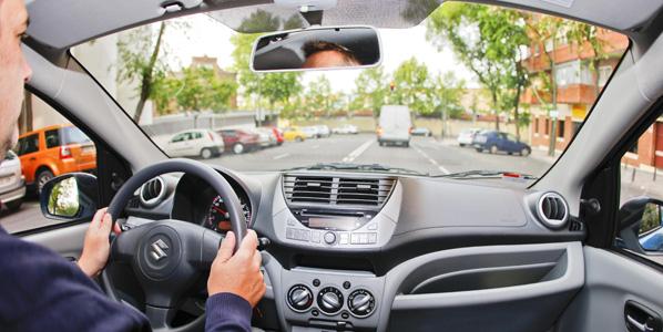 La seguridad vial se acerca a la Universidad