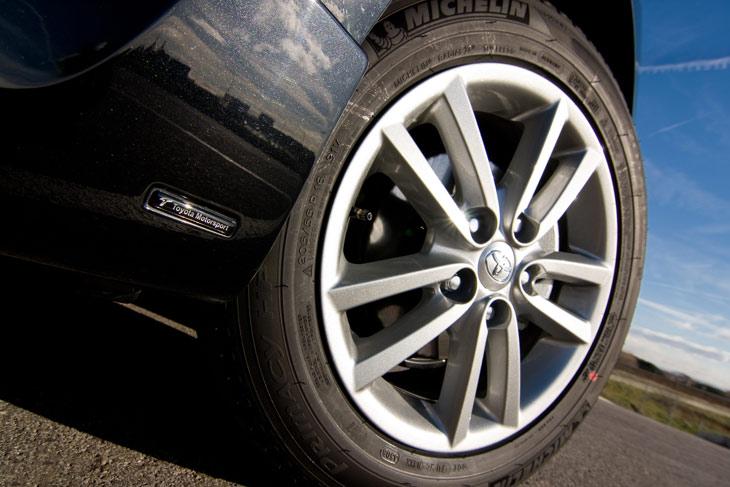 Toyota Auris: lo conducimos