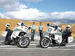 La DGT responde a la presión de los guardias civiles