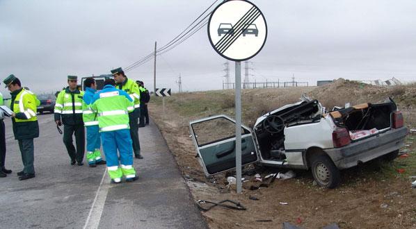 16 personas fallecen en las carreteras