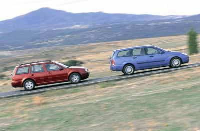 Comparativa: Ford Focus Familiar 2.0i / Volkswagen Golf Variant 1.6