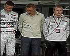 Hakkinen quiere volver en 2003