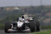 McLaren se adelanta en Hungría