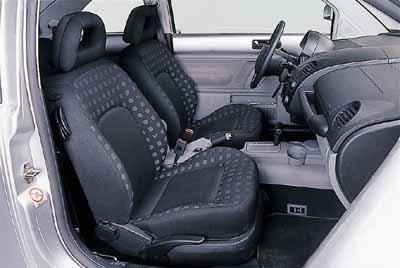 Volkswagen New Beetle 2.0i Automático