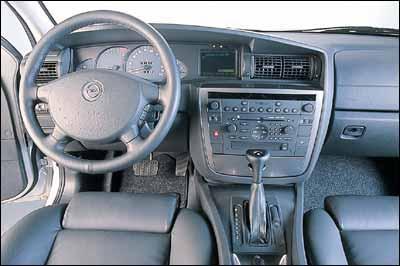 Opel Omega 2.5 DTI Caravan