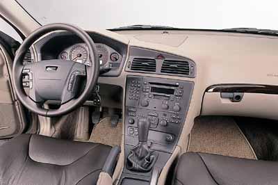 Volvo V70 XC AWD Cross Country