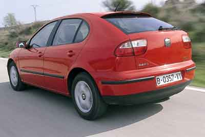 Seat León 1.9 TDi Sport / Volkswagen Golf 1.9 TDi Highline