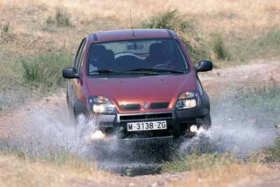 Honda CR-V 2.0i / Land Rover Freelander 1.8i / Renault Scénic RX4 2.0 16V