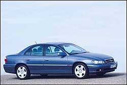 Opel llama a revisión a los Omega fabricados entre 1990 y 1992