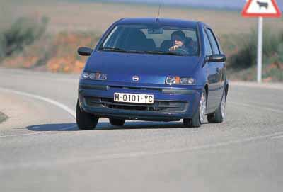 Fiat Punto 1.9 JTD ELX / Peugeot 206 1.9 HDI / Renault Clio 1.9 dTi Tech Road