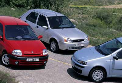 Fiat Punto 1.9 JTD ELX 5p / Ford Fiesta 1.8 Tddi Ghia 5p / Renault Clio 1.9 dTi T.R 5p