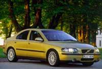 Volvo presenta el S 60
